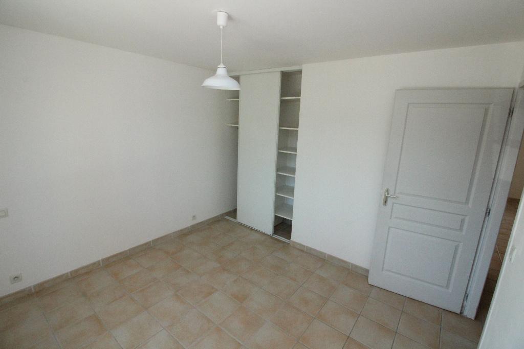 Location appartement en rez de chauss e avec une chambre - Appartement avec une chambre ...